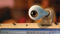 Cách tránh bị tin tặc theo dõi từ xa qua webcam