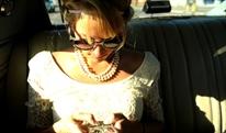 Hạn chế mỏi mắt, khô mắt khi dùng smartphone
