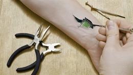 Biohacking và chuyện bác sĩ tự cấy 6 con chip dưới da để mở cửa, bảo vệ dữ liệu