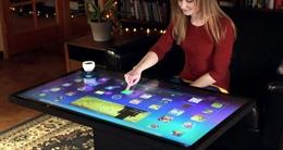 Máy tính chạy Android làm bàn cafe