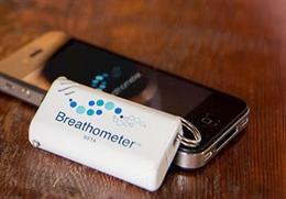 Video giới thiệu phụ kiện iPhone đo nồng độ cồn Breathometer