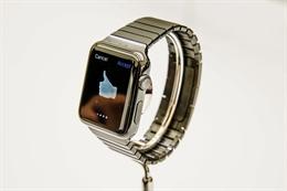 Mua Apple Watch ở đâu và khi nào?