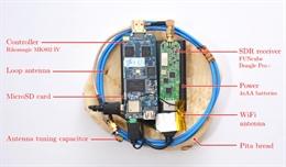 Dùng radio và bánh mì để hack mật khẩu trên laptop?