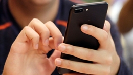 Bạn có nghe thấy âm thanh bí ẩn phát ra từ iPhone 7?