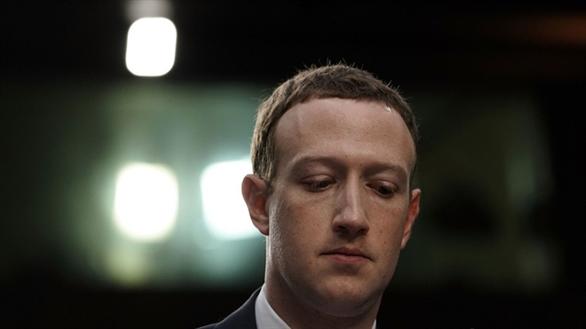 Facebook bị lộ tài liệu tố ý định từng xem xét bán dữ liệu người dùng