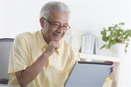 Người lớn tuổi không được bảo vệ an toàn trực tuyến