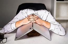 Làm gì khi trở thành nạn nhân của một vụ tống tiền trên mạng vì đã xem phim đen?