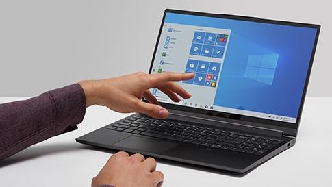 Làm sao theo dõi tình trạng ổ cứng trên máy tính Windows 10